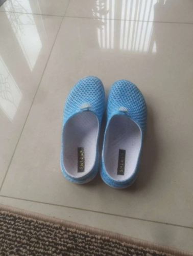 Women Round Toe Hollow Slippers Beach Sandals photo review